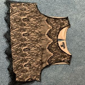 Express Lace Crop Top Size Large